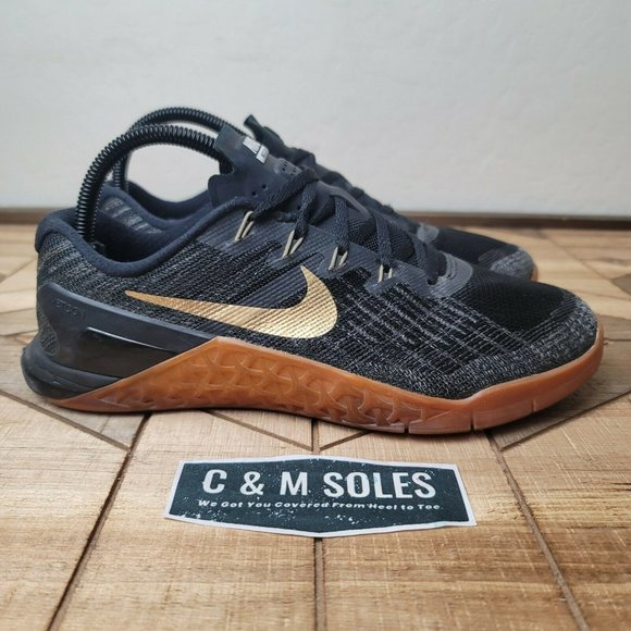 Brote Embajada Amplificador  Nike Shoes | Nike Id Metcon 3 Black Gold Womens Crossfit | Poshmark